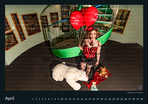 Stadtchamäleons – Spielend mit dem 2. Bodypainting im Spielzeugmuseum